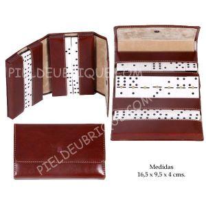 Juego de piel de dominó