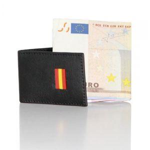 Pisa billetes en piel bandera de España